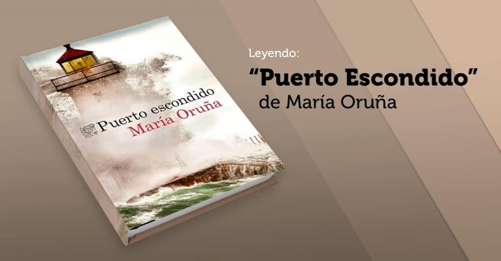 """Leyendo """"Puerto Escondido"""" de María Oruña"""